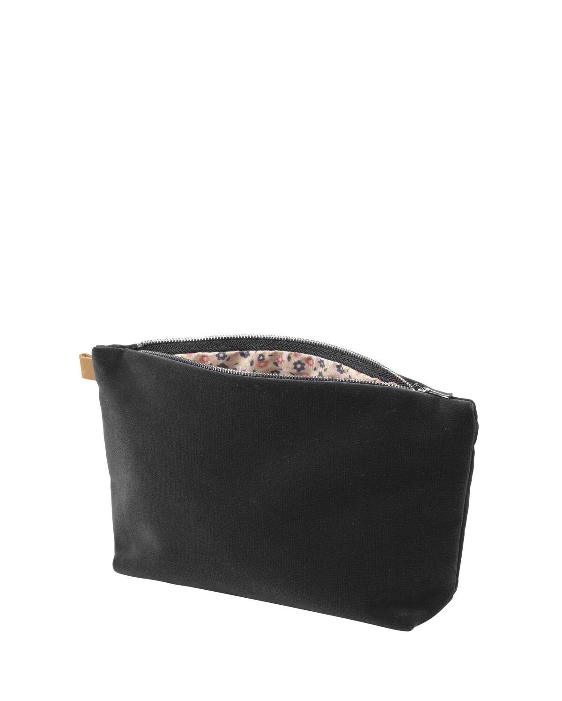 Start Väskor   necessärer Necessär svart sammet 9293685ba7195